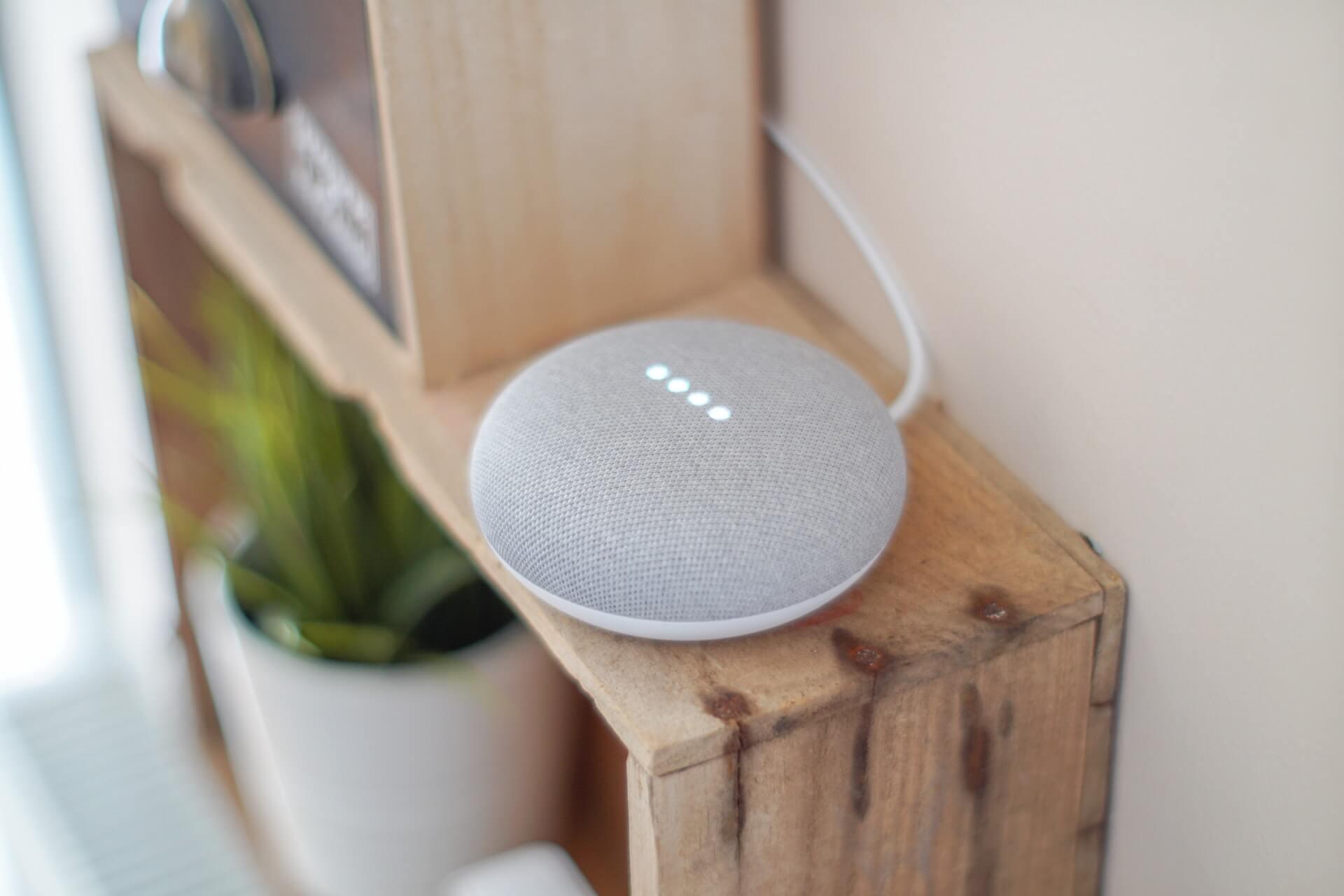 Assistente virtual Google Nest Mini