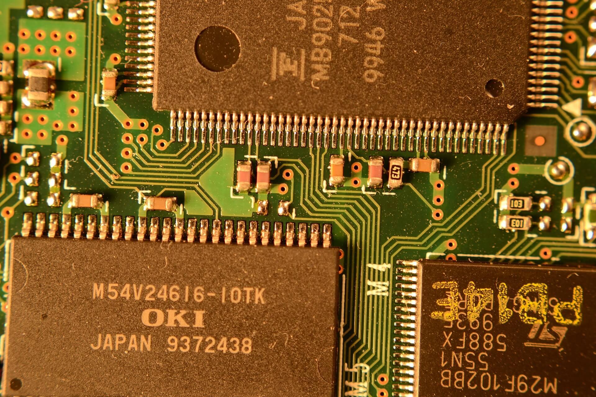 Chips de silício numa placa